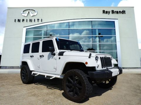 Pre-Owned 2015 Jeep Wrangler Unlimited Unlimited Sahara 4WD